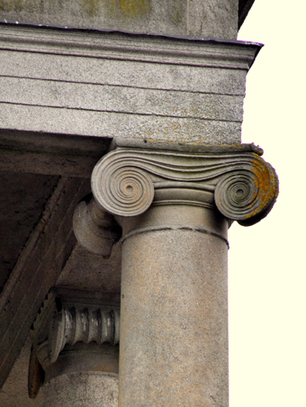 Bagenalstown Courthouse 04 - Detail of Ionic Capital
