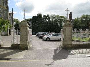 Gate to north-west from north