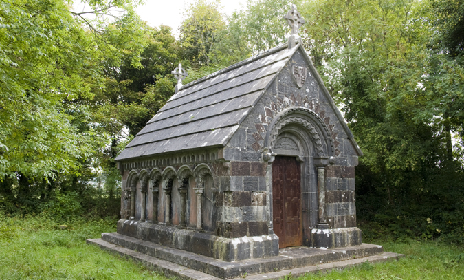 Ardagh: Smith-O'Brien Mausoleum