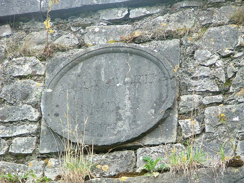 Date plaque