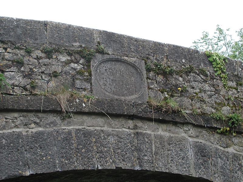 Name and date plaque to parapet