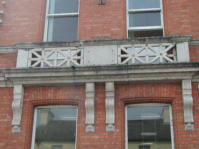 Detail of balconet