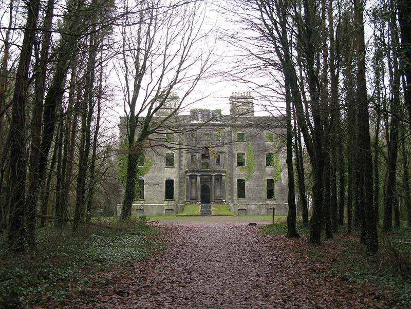 Contextual view of country house (setting).
