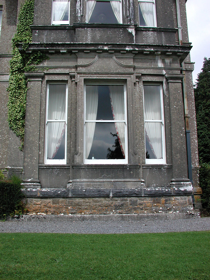 Canted-bay window
