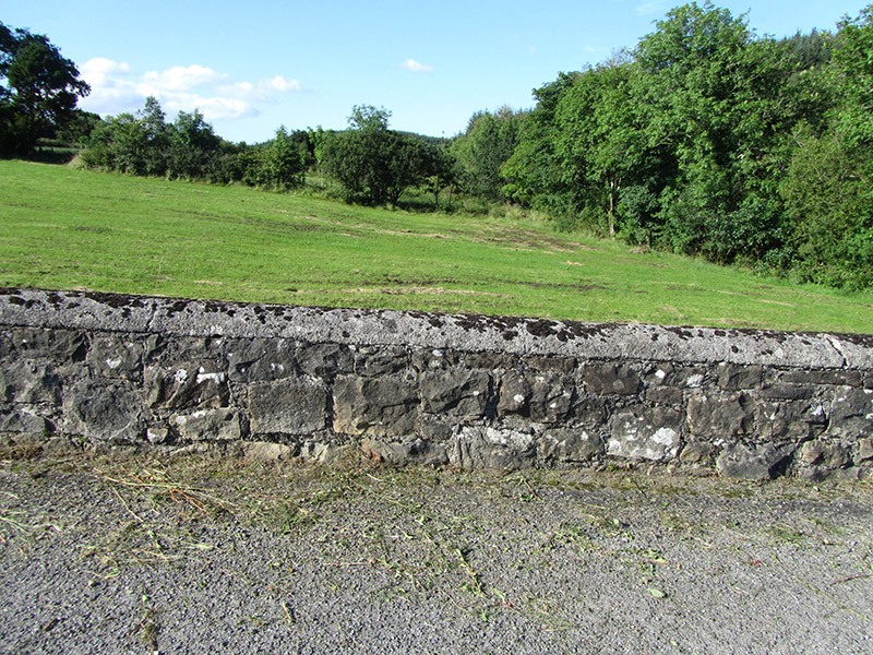 Parapet to west-wing wall