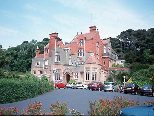 Sutton Castle Hotel, Shielmartin Road, SUTTON SOUTH, Sutton, - Buildings of  Ireland