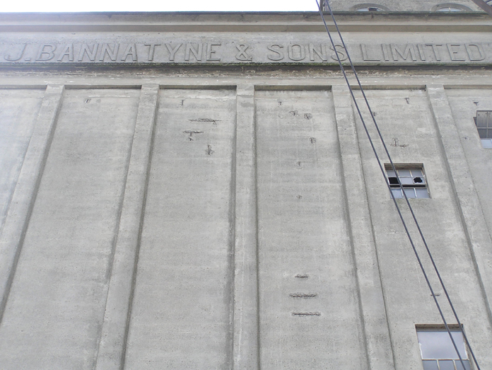 Rank Silo at Shannon Mills, Limerick 05 – Lettering