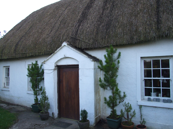 Thatched House, Ballygarran, Wexford 05 - August 2007